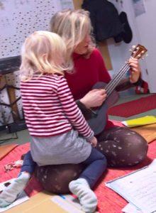 Eltern-Kind Ukulele Unterricht